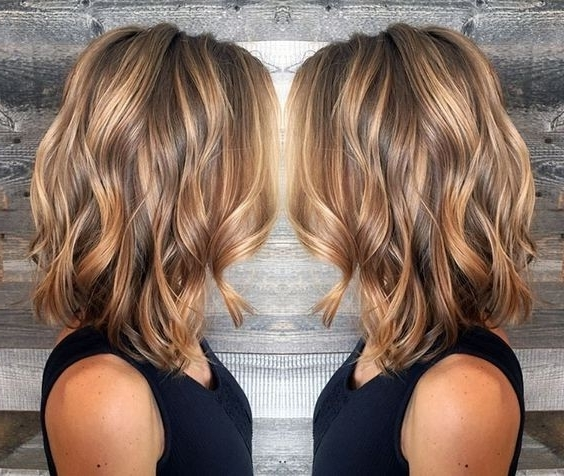 10 Beauty Medium Length Hair Cuts: 2018 Medium Hair Trends For Women Throughout Caramel Blonde Lob With Bangs (View 1 of 25)