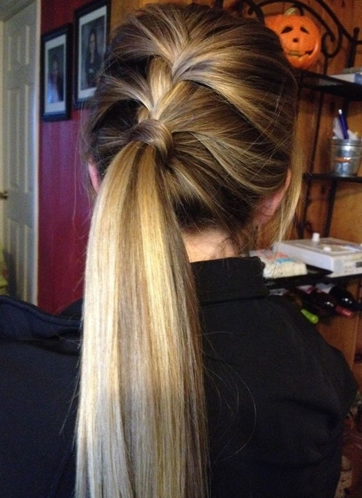 10 Cute Ponytail Hairstyles For 2018: New Ponytails To Try This Regarding High And Glossy Brown Blonde Pony Hairstyles (View 24 of 25)