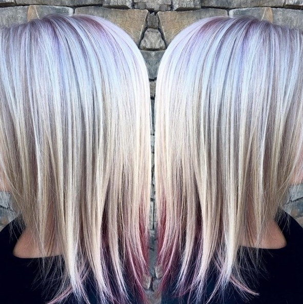 10 Medium Length Styles Perfect For Thin Hair – Popular Haircuts For Platinum Highlights Blonde Hairstyles (View 18 of 25)