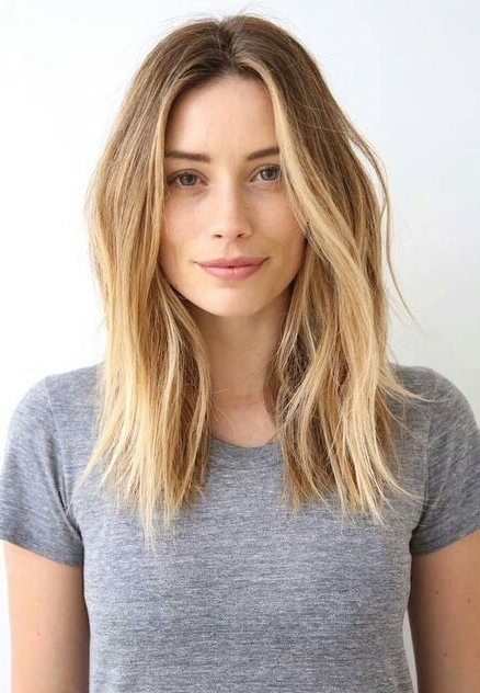 10 Trendy Center Parting Hairstyles (For Short, Medium & Long Hair Regarding Blonde Lob Hairstyles With Middle Parting (View 2 of 25)