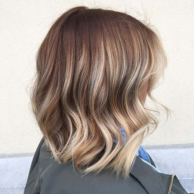 10 Trendy Lob Haircut Ideas For 2018 – Femniqe For Brown Blonde Balayage Lob Hairstyles (View 19 of 25)
