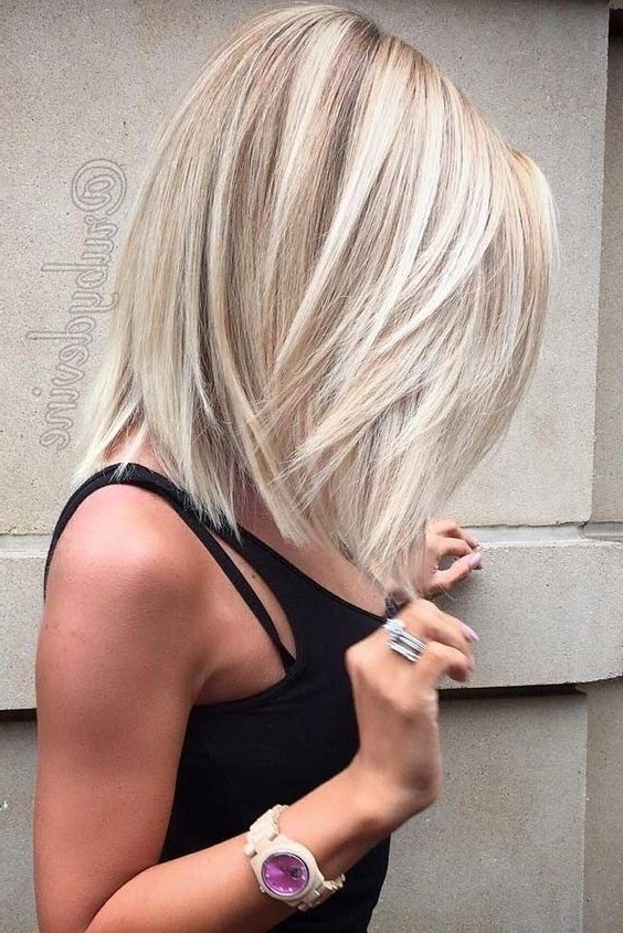 10 Winning Looks With Layered Bob Hairstyles: 2017 Short Hair Cuts Intended For Sleek White Blonde Lob Hairstyles (View 15 of 25)