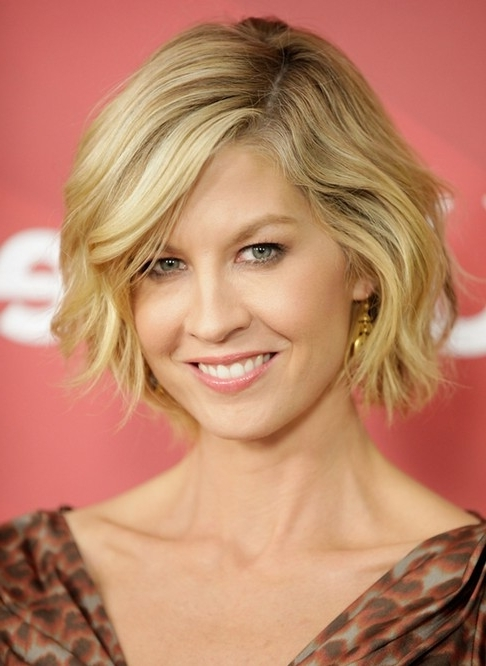 100+ Hottest Short Hairstyles & Haircuts For Women – Pretty Designs Within Wavy Blonde Bob Hairstyles (View 14 of 25)