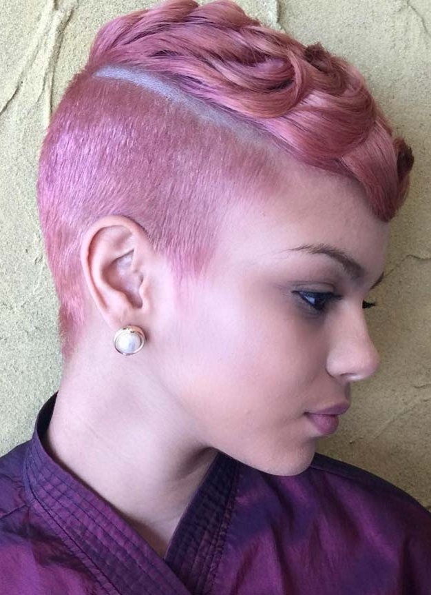 100 Short Hairstyles For Women: Pixie, Bob, Undercut Hair | Fashionisers For Most Recently Undercut Blonde Pixie Hairstyles With Dark Roots (View 23 of 25)