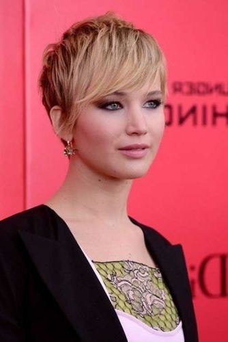 11 Layered Pixie Hairstyles (Sexy Layers & Bangs For Short Hair) With Regard To Most Recent Rocker Pixie Hairstyles (View 1 of 25)