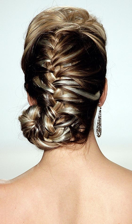 11 Unique Fishtail Braid Hairstyles To Inspire You For Rockstar Fishtail Hairstyles (View 9 of 25)