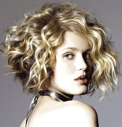 111 Amazing Short Curly Hairstyles For Women To Try In 2018 With Regard To Medium Blonde Bob With Spiral Curls (View 12 of 25)