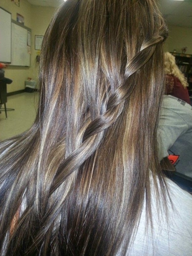 12 Flattering Dark Brown Hair With Caramel Highlights | Hairstyles Intended For Browned Blonde Peek A Boo Hairstyles (View 2 of 25)