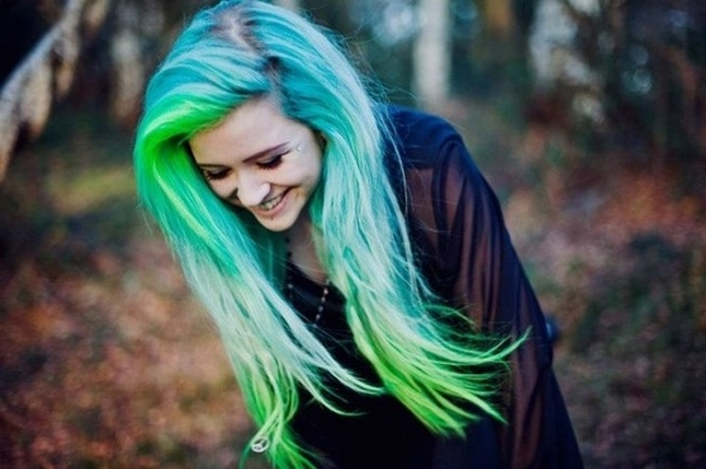 12 Modern Blue And Green Hair Colors We Love Within Blonde Hairstyles With Green Highlights (View 2 of 25)