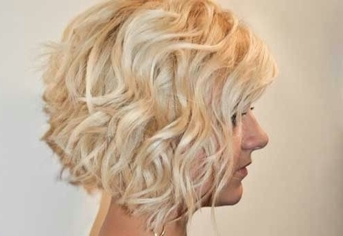 12 Stylish Bob Hairstyles For Wavy Hair – Popular Haircuts Within Curly Angled Blonde Bob Hairstyles (View 3 of 25)