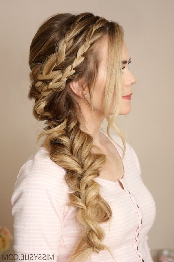 125 Prom Hairstyles For A Queenly Vibe – Reachel Pertaining To Wavy Side Fishtail Hairstyles (View 24 of 25)