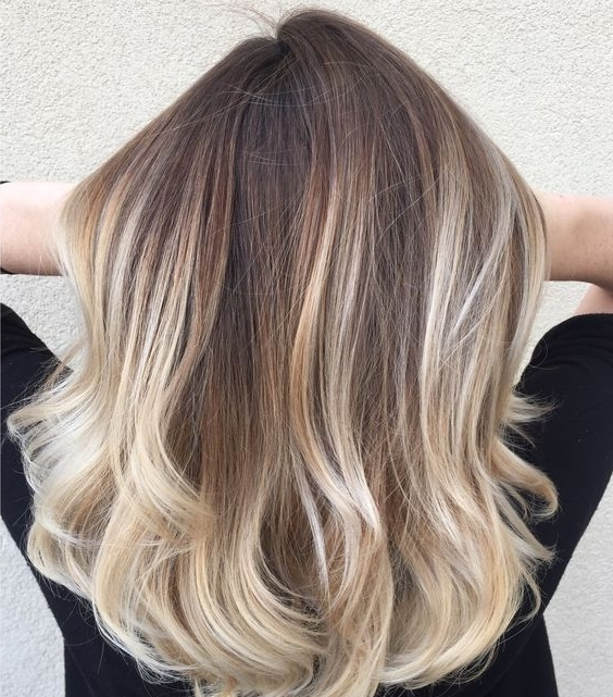 15 Chic Blonde Balayage Hair Ideas – Styleoholic Inside Medium Blonde Balayage Hairstyles (View 10 of 25)