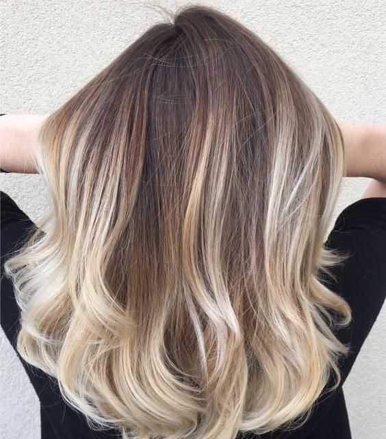 15 Chic Blonde Balayage Hair Ideas – Styleoholic Inside Medium Blonde Balayage Hairstyles (View 8 of 25)