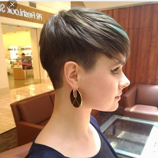 15 Chic Short Pixie Haircuts For Fine Hair – Easy Short Hairstyles Throughout Latest Tapered Pixie Hairstyles With Maximum Volume (View 12 of 25)