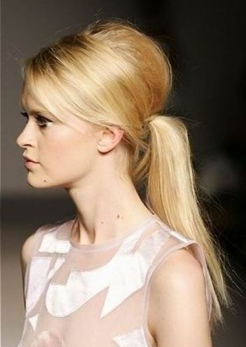 15 Simple And Easy Long Ponytail Hairstyles | Styles At Life Throughout Retro Glam Ponytail Hairstyles (View 9 of 25)