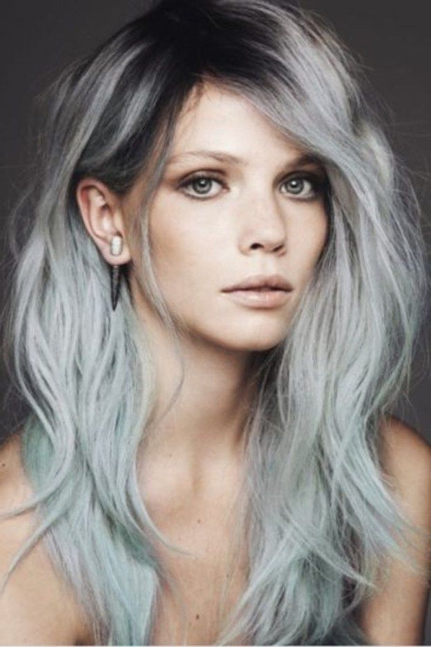 15 Surprisingly Gorgeous Ways To Rock Colorful Roots | Hair Pertaining To Sleek Blonde Hairstyles With Grown Out Roots (View 2 of 25)