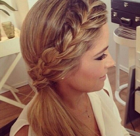 16 Fabulous Side Ponytail Hairstyles For 2016 – Pretty Designs Inside Brunette Ponytail Hairstyles With Braided Bangs (View 7 of 25)