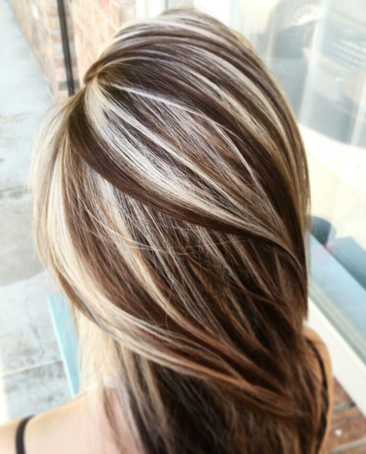 17 Hair Highlights For Every Style And Type Of Hair – Haircuts In Contrasting Highlights Blonde Hairstyles (View 16 of 25)