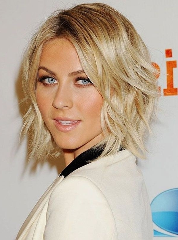 17 Medium Length Bob Haircuts: Short Hair For Women And Girls In Wavy Blonde Bob Hairstyles (View 10 of 25)