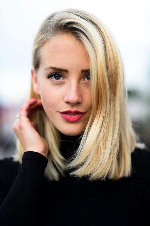 17 Perfect Long Bob Hairstyles For Women – Easy Lob Haircuts Inside Blonde Lob Hairstyles With Middle Parting (View 7 of 25)
