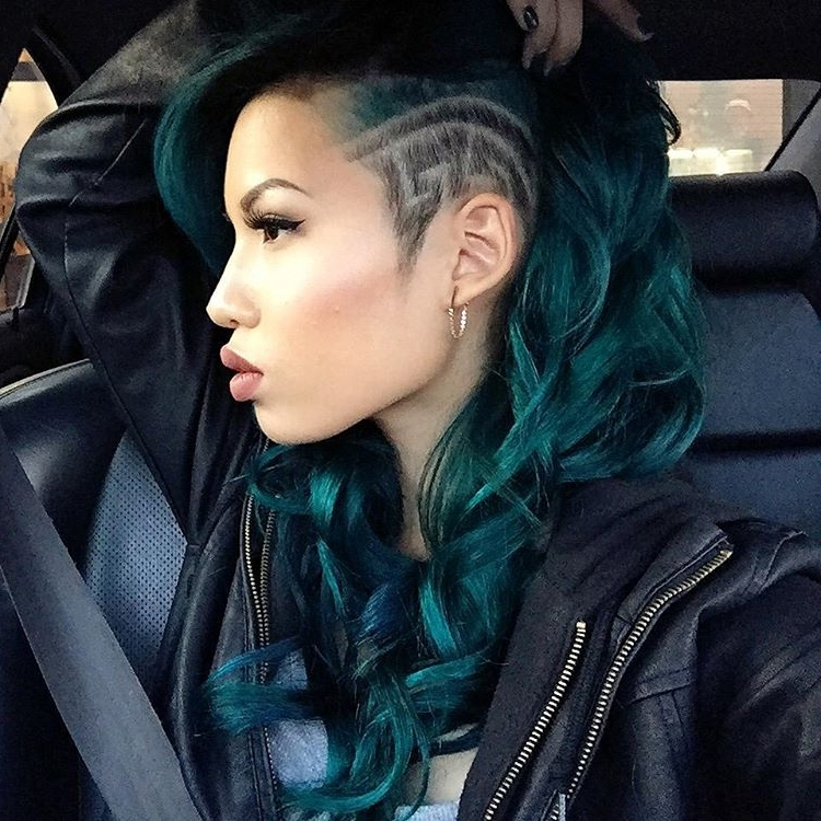 18 Gorgeous Green Colored Hairstyle Ideas 2018 | Hairstyle Guru Regarding White Blonde Hairstyles With Dark Undercut (View 20 of 25)