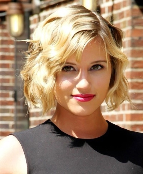 20 Chic Wavy Bob Haircuts For All | Styles Weekly Regarding Wavy Blonde Bob Hairstyles (View 9 of 25)