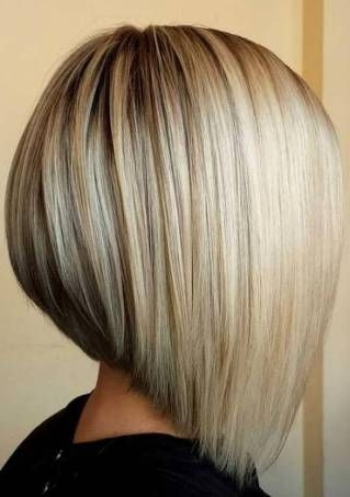 20 Dirty Blonde Hair Ideas That Work On Everyone | Blonde Hairstyles Intended For Dirty Blonde Bob Hairstyles (View 5 of 25)