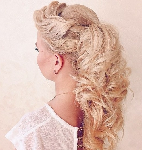 20 Everyday Ponytail Hairstyles – Simple Easy Ponytails 2017 Inside Voluminous Pony Hairstyles For Wavy Hair (View 15 of 25)