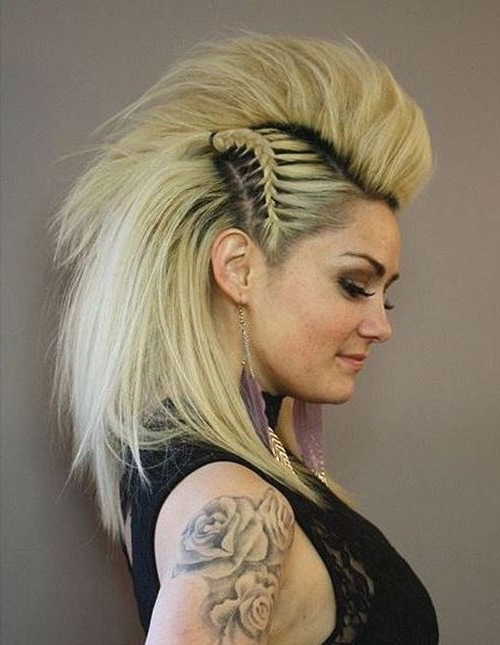 20 Faux Hawk Hairstyle For Women – Trendy Female Fauxhawk Hair Ideas Within Two Tone High Ponytail Hairstyles With A Fauxhawk (View 2 of 25)