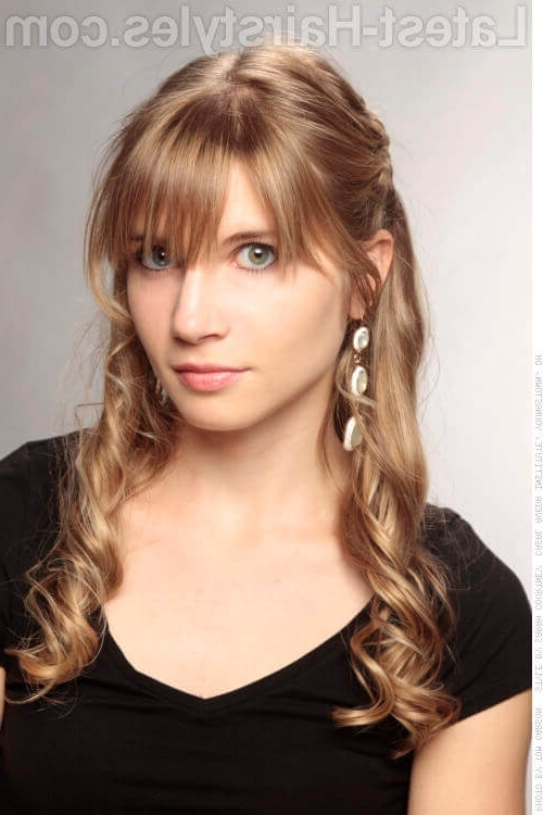 20 Gorgeous Formal Half Updos You'll Fall In Love With With Half Pony Hairstyles With Parted Bangs (View 6 of 25)