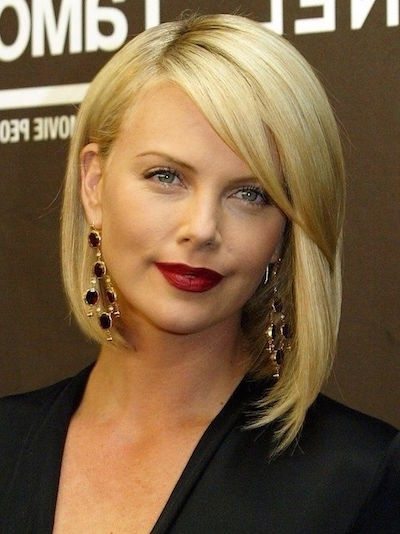 20 Hottest Bob Hairstyle For 2015 – Popular Haircuts In Blonde Bob With Side Bangs (View 22 of 25)