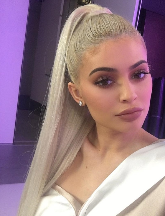 20 Kylie Jenner Hairstyles To Die For For Bodacious Blonde Waves Blonde Hairstyles (View 2 of 25)