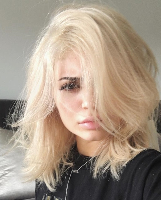 20 Kylie Jenner Hairstyles To Die For Inside Bodacious Blonde Waves Blonde Hairstyles (View 3 of 25)