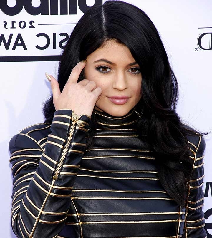 20 Kylie Jenner Hairstyles To Die For Within Bodacious Blonde Waves Blonde Hairstyles (View 24 of 25)