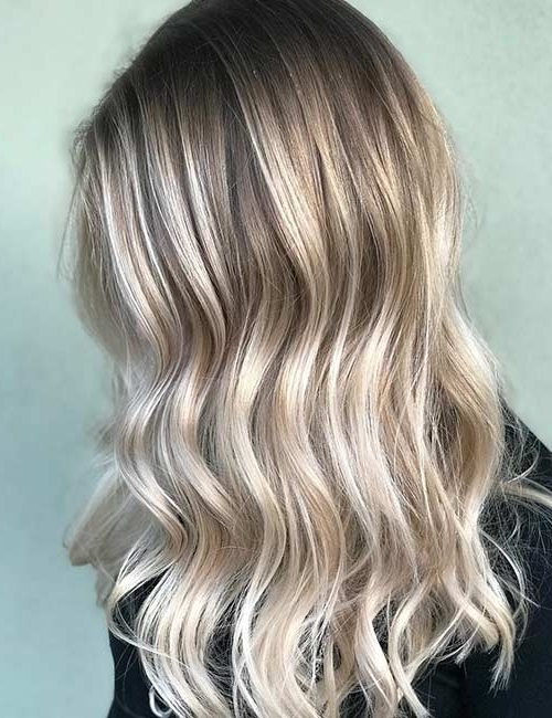 20 Radiant Blonde Ombre Hair Color Ideas Pertaining To Grown Out Platinum Ombre Blonde Hairstyles (View 10 of 25)