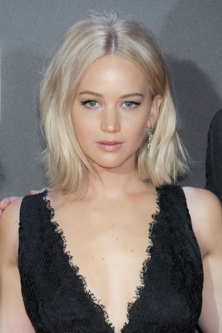20 Types Of Platinum Blonde And White Hair For White Blonde Curls Hairstyles (View 15 of 25)