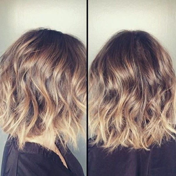20+ Wavy Bob Hairstyles For Short & Medium Length Hair – Hairstyles With Tousled Shoulder Length Ombre Blonde Hairstyles (View 16 of 25)