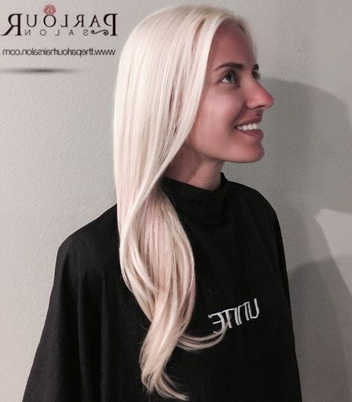 20 Ways To Style Sliver And Platinum Hair For Spring 2017 Inside Long Platinum Locks Blonde Hairstyles (View 16 of 25)