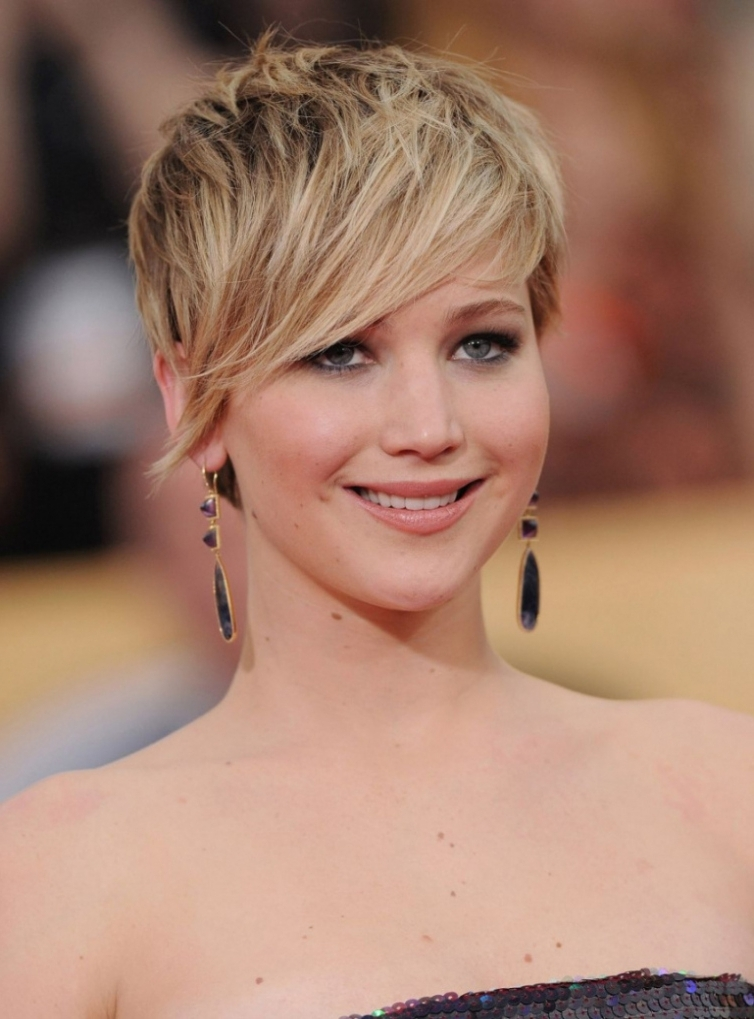 2017 Long Pixie Haircuts For Round Faces Asymmetrical Pixie Cuts In With Regard To Current Asymmetrical Long Pixie Hairstyles For Round Faces (View 23 of 25)