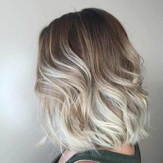 21 Cute Lob Haircuts For This Summer | Stayglam Regarding Angled Wavy Lob Blonde Hairstyles (View 9 of 25)