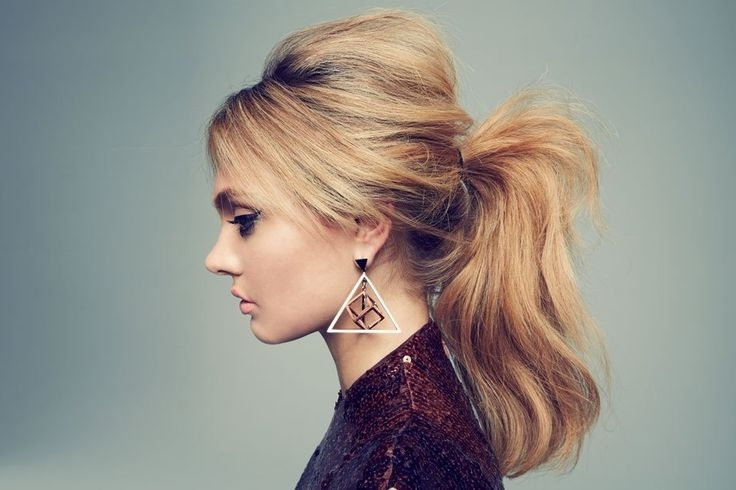 21 Gorgeous Ponytail Hairstyles To Make You Look Beautiful With Regard To Messy Waves Ponytail Hairstyles (View 5 of 25)