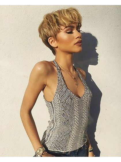 21 Times Zendaya's Hairstyles Absolutely Slayed | Allure For Most Recently Choppy Bowl Cut Pixie Hairstyles (View 23 of 25)