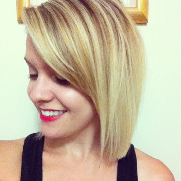 22 Chic Bob Hairstyles With Bangs – Pretty Designs Regarding Blonde Lob Hairstyles With Sweeping Bangs (View 9 of 25)