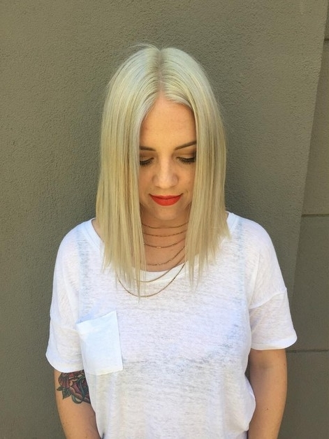 22 Top A Line Hairstyles – Popular Haircuts Pertaining To Blonde Lob Hairstyles With Middle Parting (View 14 of 25)