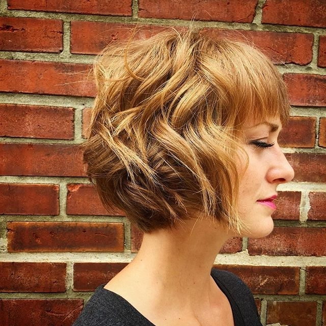22 Trendy Bob Hairstyles With Bangs – Popular Haircuts Regarding Casual Bright Waves Blonde Hairstyles With Bangs (View 5 of 25)