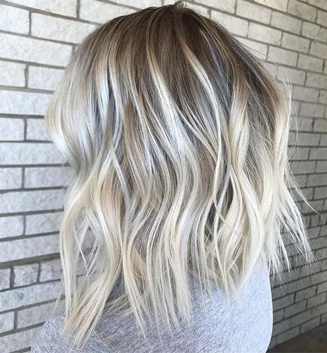 23 Stylish Lob Hairstyles For Fall And Winter In 2018 | Blonde With Volumized Caramel Blonde Lob Hairstyles (View 7 of 25)