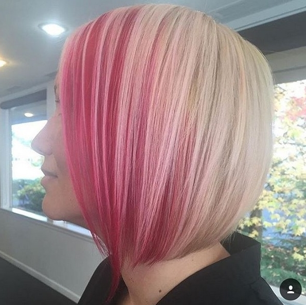 25 Amazing Two Tone Hair Styles & Trendy Hair Color Ideas 2018 Intended For Blonde Bob Hairstyles With Lavender Tint (View 25 of 25)
