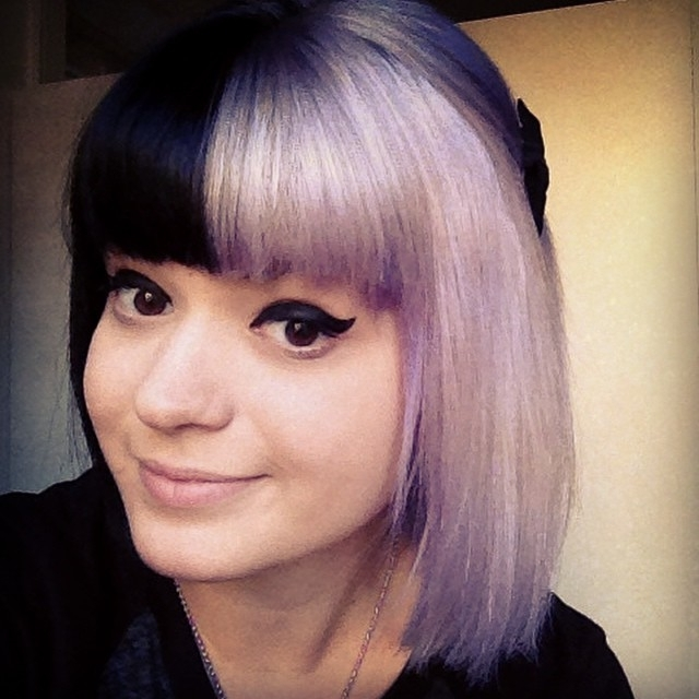 25 Amazing Two Tone Hair Styles & Trendy Hair Color Ideas 2018 Pertaining To Bi Color Blonde With Bangs (View 5 of 25)