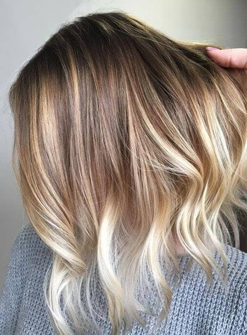 25 Blonde Balayage Short Hair Looks You'll Love In Amber Waves Blonde Hairstyles (View 8 of 25)
