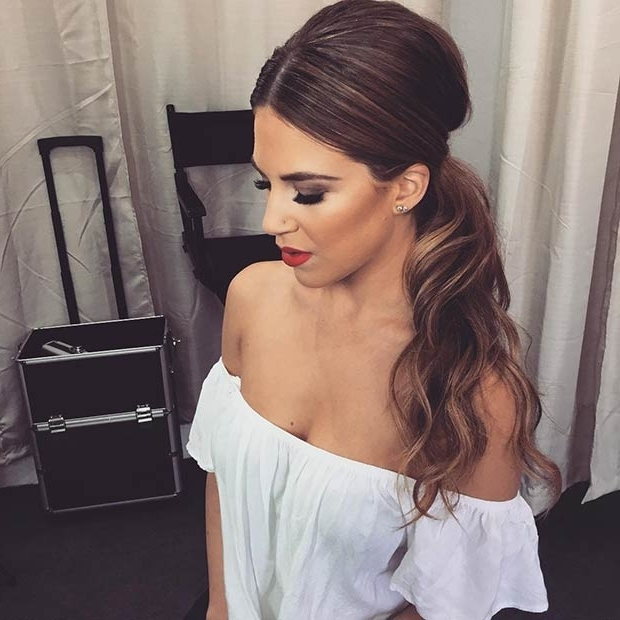 25 Elegant Ponytail Hairstyles For Special Occasions   Stayglam Inside Voluminous Pony Hairstyles For Wavy Hair (View 9 of 25)